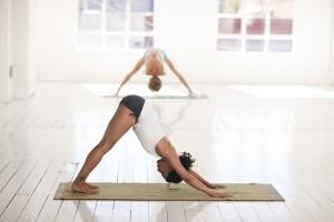 behandling af stress med yoga